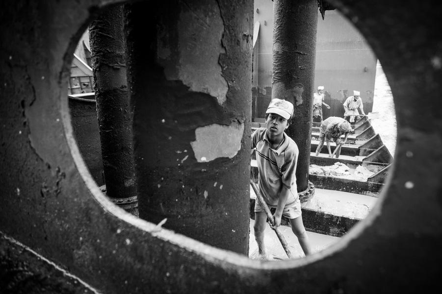 shipbreaker child