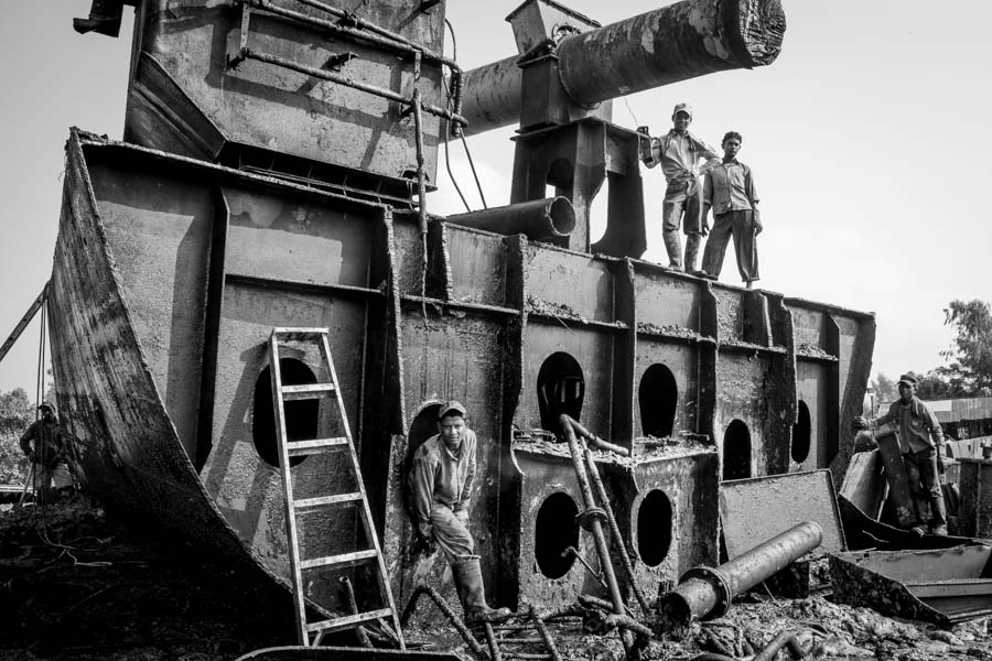 shipbreaking photographer