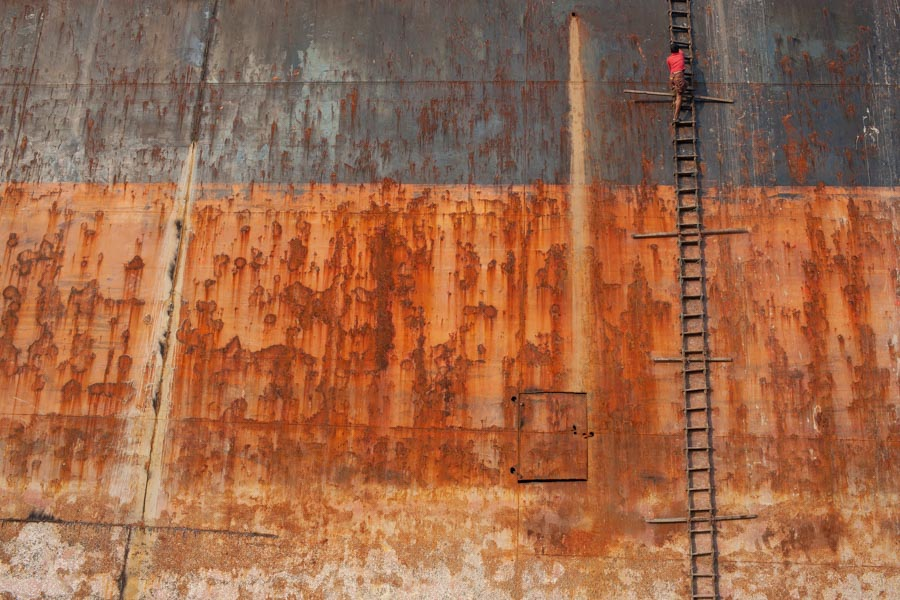 ship-breaking