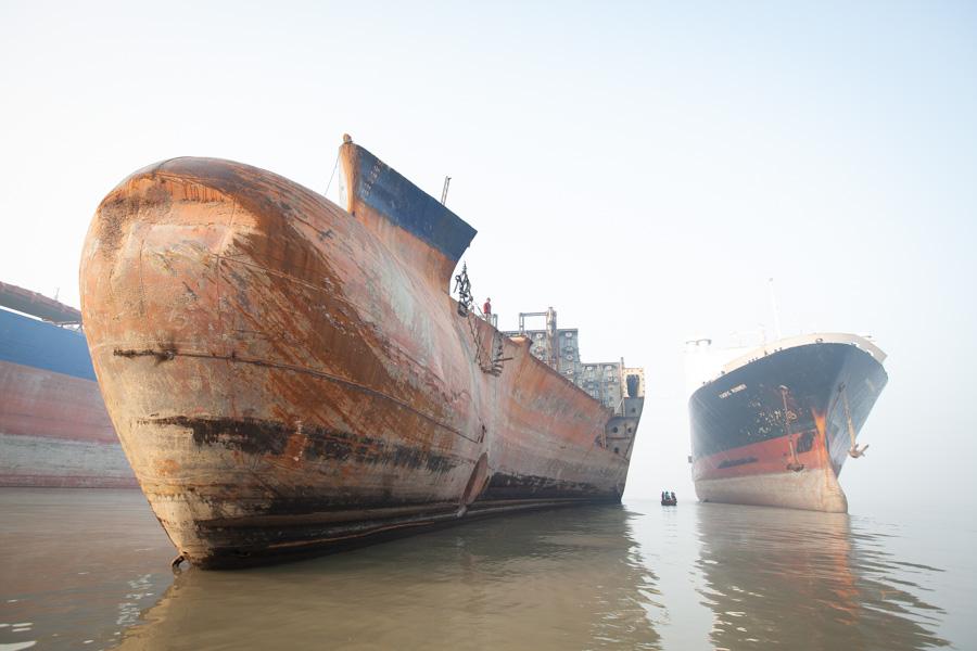 shipbreaking photo