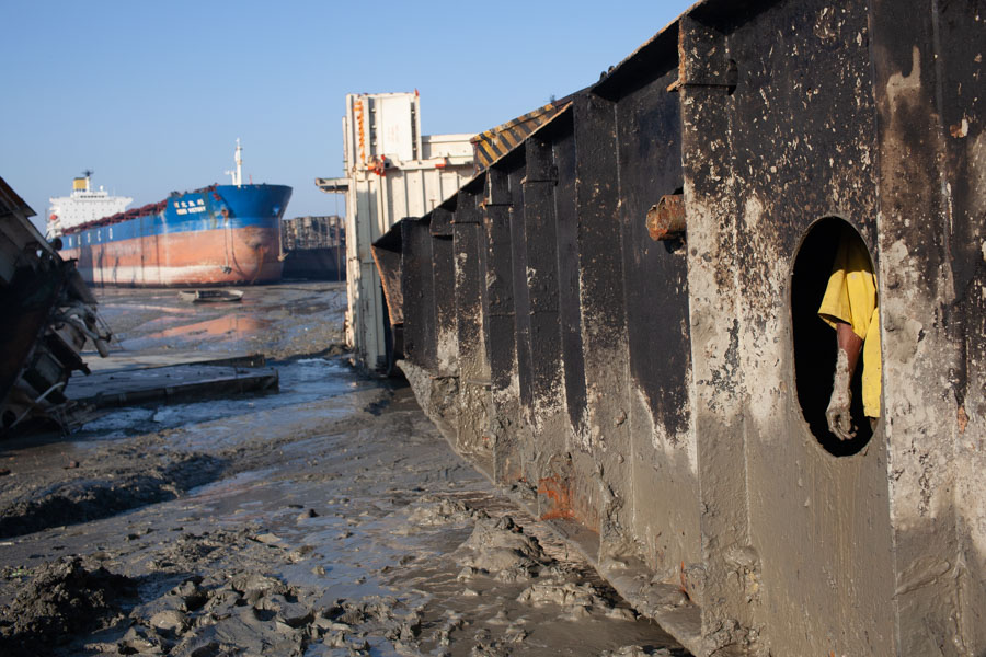 shipbreaking pollution